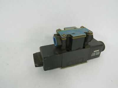 Vickers 02-109573 4-Way Directional Control Valve 10.5gpm 1450PSI  USED