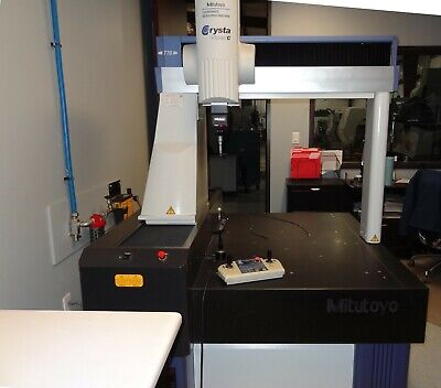 2004 Mitutoyo C776 CNC Coordinate Measuring Machine with automatic probe changer