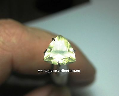 Aaa -Natural Andesine Ct 1.85 Vvs Triangle Cut Golden Yellow Color Origin Congo
