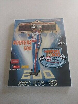 Richard Petty Signed Autographed 1992 Hooters 500 Program Last Cup Race The King