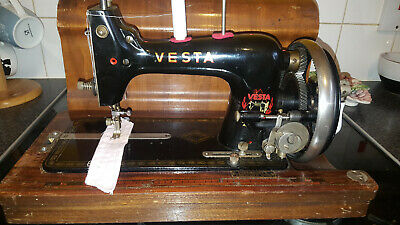Antique Vesta  small Hand Crank Sewing Machine Vintage  good working order
