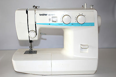 Brother Sewing Machine Vintage LS-1217 Convertible Free Arm Sewing Machine