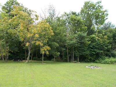Vacant lot within walking distance of Lake Herrington