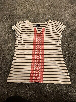 Gap Girls Blue & White Striped T-Shirt With Embroidery On Front Age 10