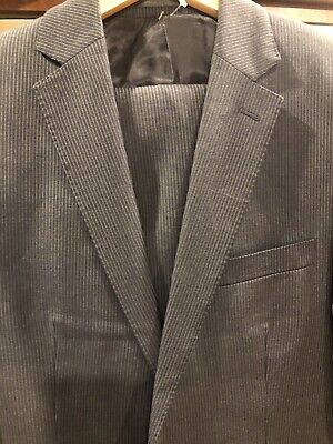 Calvin Klein Charcoal Gray Pinstriped Wool Suit 38r Exc Condition %100 Wool