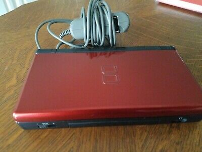 Nintendo DS Lite Red Game Console plus charger
