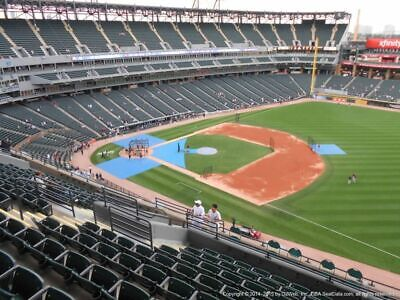 4 TICKETS CLEVELAND INDIANS @ CHICAGO WHITE SOX 9/21 *Sec 518 FRONT ROW AISLE*