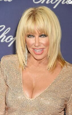 Suzanne Somers With Her Golden Shirt 8x10 Picture Celebrity Print