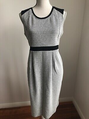 Beautiful RIPE Grey & White, Maternity Dress, Size M, In Excellent Condition.