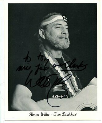 WILLIE NELSON signed AUTOGRAPH 3139