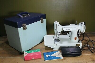 Vintage Singer 221k Portable Sewing Machine With Box & Accessories