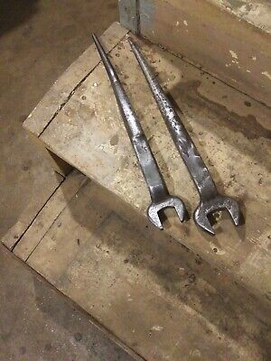 Vintage Set Of Ironworkers spud wrenches 1 1/4 and 3/4 inch