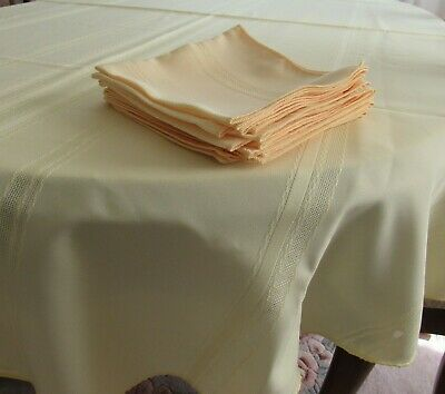 """Easter Tablecloth Yellow 61"""" x 84"""" Oval + 8 Napkins Easy Care New"""
