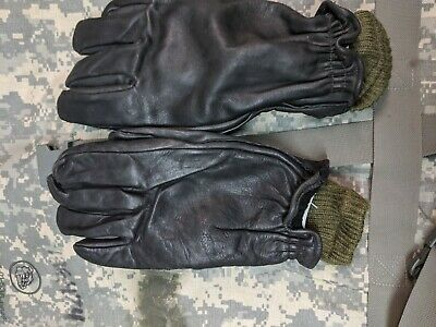 Canadian Military Surplus Leather Gloves LARGE,inludes wool liners & bonus pair