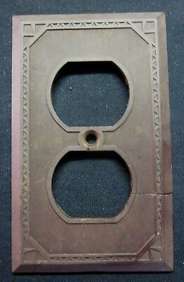 Antique Outlet Plate Wall Cover Art Deco Triangles Thin Lines Brown Bakelite