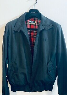 Fred Perry £225 classic black Harrington with tartan lining size M/L (50)