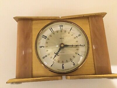 Vintage wood & Metal Smiths Retro Clock Battery Operated