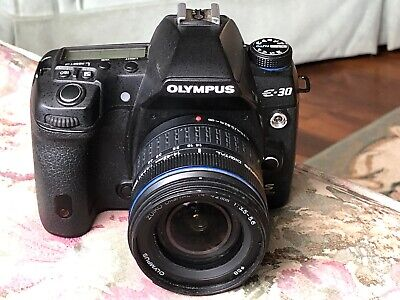 Olympus E-30 Digital SLR Camera w/ Zuiko Digital 14-42mm lens, Charger/cords Bat