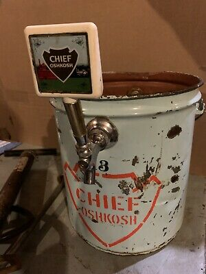 Vintage Chief Oshkosh  The Oshkosh  Brewing Co Wisconsin Beer Tapper Cooler Rare