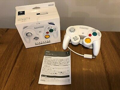 Boxed Official Nintendo White Gamecube Wii U Controller JAPAN