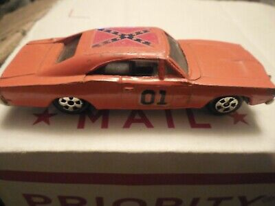 1981 ERTL The Dukes of Hazzard General Lee 1:64 Die-cast Dodge Charger..used