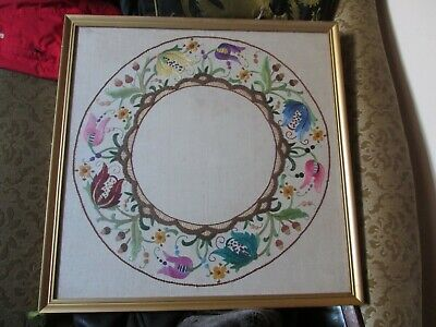 Framed Vintage Hand Embroidered Picture Floral Ring,Arts & Craft`s Style 52cm Sq