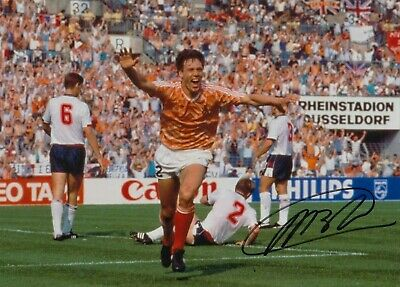 Football - Marco Van Basten - Hand Signed A4 Photograph - Netherlands