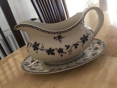 Royal Doulton Yorktown (Ribbed) Tc1013 Gravy / Sauce Boat And Stand (Perfect)