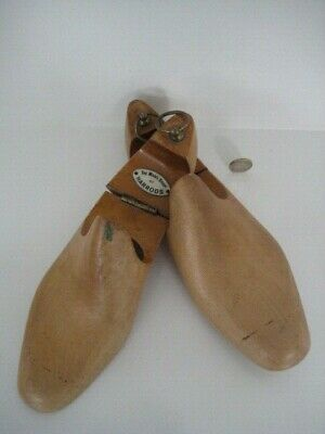 The Mans Shop At Harrods Mens Luxury Wooden Shoe Trees Shapers 7 1/2 Brass Ring