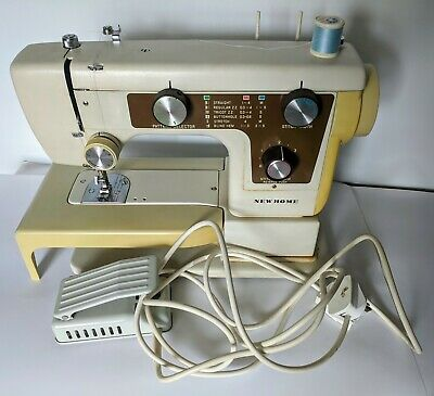 New Home by Janome Working Sewing Machine With Case model 641