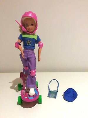 Barbie AWESOME SKATEBOARD STACIE (1999)