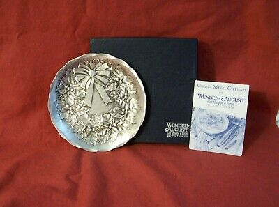 """Wendell August Forge Christmas Holly Wreath Coaster Hand Hammered 4.5"""""""