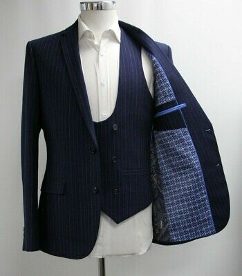 Men's Unbranded Navy Blue Striped Blazer and Waistcoat Set (40R).. Ref: 7208