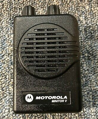 Motorola Minitor V (5) 2-Channel VHF SV Stored Voice Pager 151-159 MHz VERY GOOD