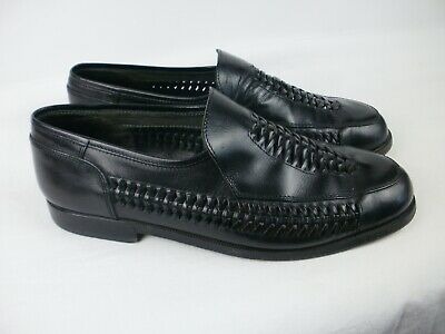A Pair Of Mens Black Leather  Slip On  Shoes  Size Uk 10. Russell & Bromley.