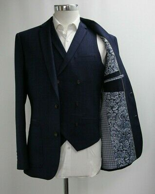 Men's Unbranded Checked Navy Blue Blazer and Waistcoat (38R).. Ref: 7221