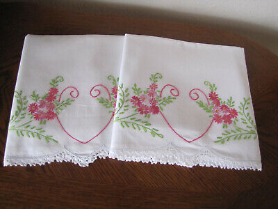 Vintage Pair Of Pillowcases Embroidered Crocheted Aster Sprays & Heart Exquisite