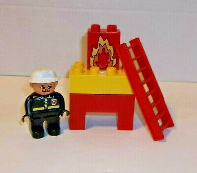 LEGO 2x Red Fire Extinguisher Accessories For Minifigures Minifig Fireman New