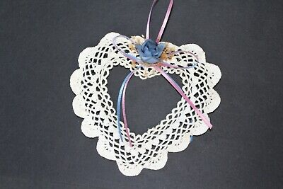 CROCHET Open Heart Wall Decor Wreath Craft Beige Cream Ecru