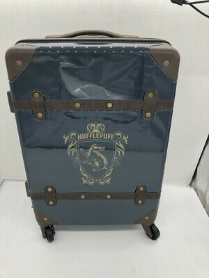New Pottery Barn Teen Harry Potter HUFFLEPUFF Carry-On Spinner Luggage