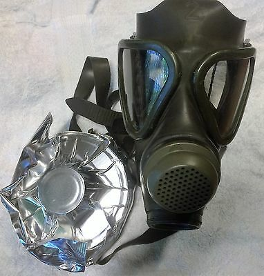 German M65 Drager Military Gas Mask Respirator Unissued w/ NBC Filter exp. 2022