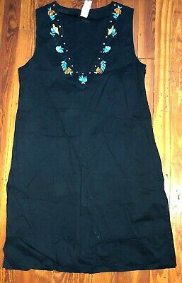 Xoxo Dress Size M/L Womens Black Embroidered Sleeveless Shift Side Slits A-line