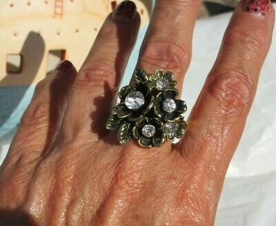 Fashion antiqued gold-tone ring floral design CZ size 7 1/2 -9 adjustable