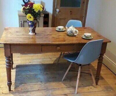 Pine Plank Victorian 6 Seater Farmhouse Table 150cm length, 80cm wide, 75cm high