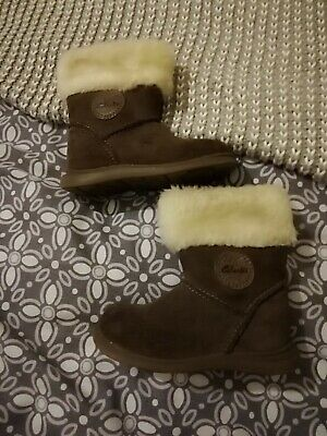 Great Pair Of Girls Suede Boots From Clarks, Size 5f!!