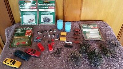 JobLot hornby tri-ang Vintage People, Animals, cars, trees & phone boxes etc 00