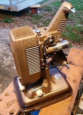 P90 8mm Movie Projector Revere