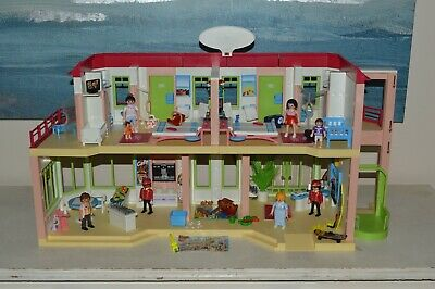 Playmobil Holiday Leisure Summer 5265 Large Hotel With Lift Figures Accessories