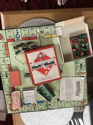 Vintage  Authentic MONOPOLY - Original 100% Complete Board Game By Waddingtons