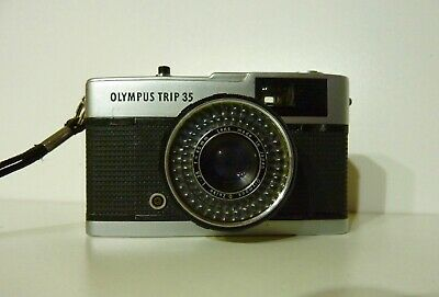 OLYMPUS TRIP 35 Compact Film Camera, tested and with NEW SEALS